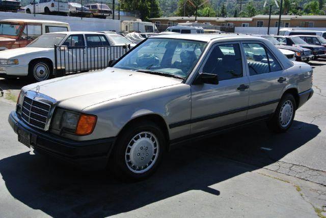 1987 mercedes benz 300 class 300dt w124 diesel sedan in el for Mercedes benz el cajon