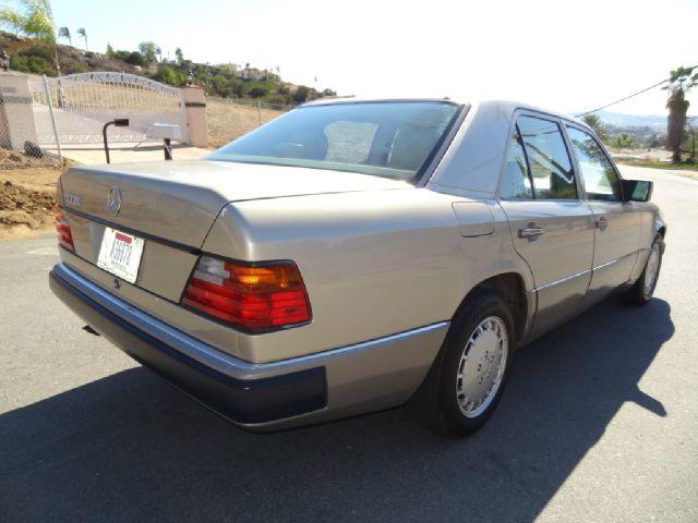 1992 Mercedes-Benz 300-Class 300E W124 Sedan - El Cajon CA