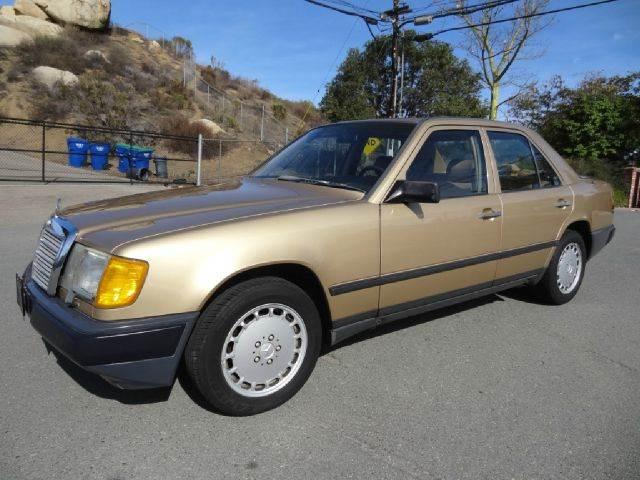 1986 Mercedes-Benz 300-Class