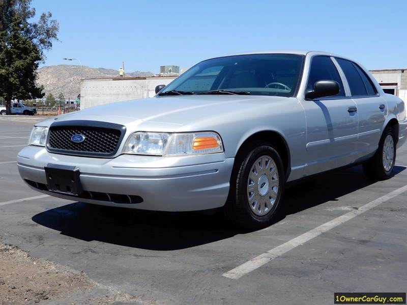 2003 Ford Crown Victoria Police Interceptor (3.27 Axle) 4dr Sedan w/Front Side Airbags - El Cajon CA