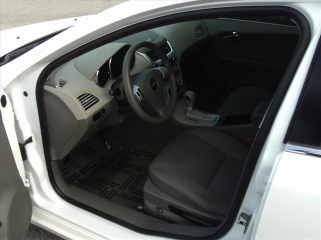 2011 Chevrolet Malibu LS 4dr Sedan - Fort Wayne IN