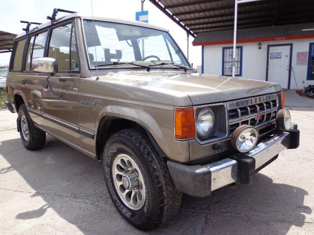 Montero 1989 1989 Mitsubishi Montero Base