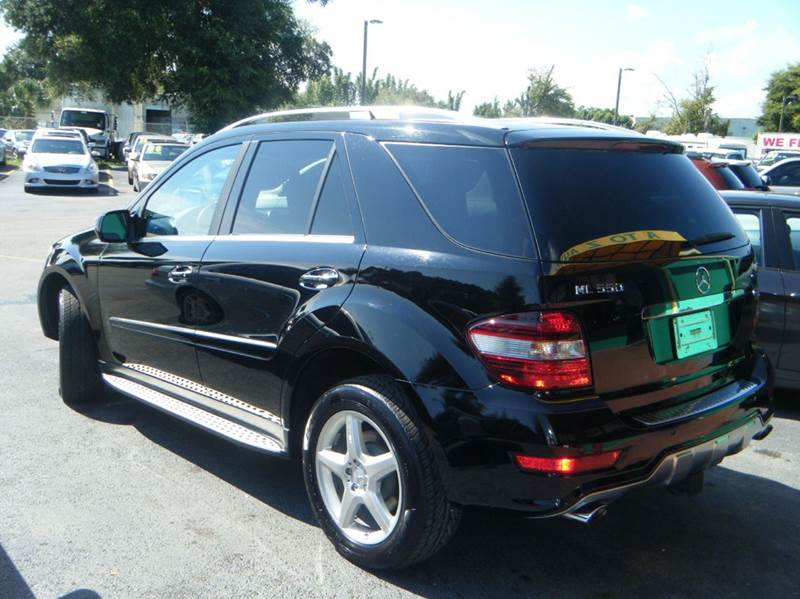 2009 mercedes benz m class ml550 awd 4matic 4dr suv in for Mercedes benz suv 2009 price