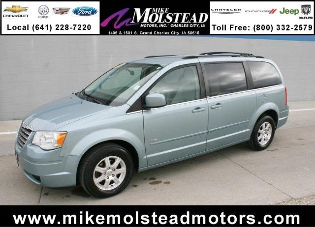 2008 chrysler town and country for sale in iowa for Mike molstead motors charles city iowa