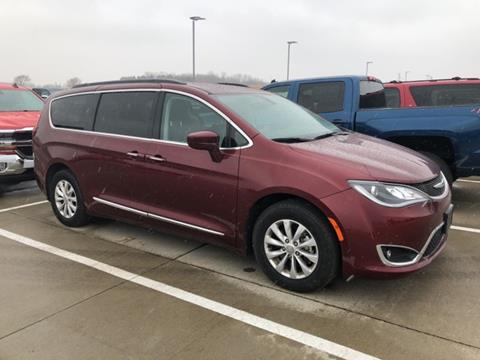Used chrysler pacifica for sale in iowa for Mike molstead motors charles city iowa