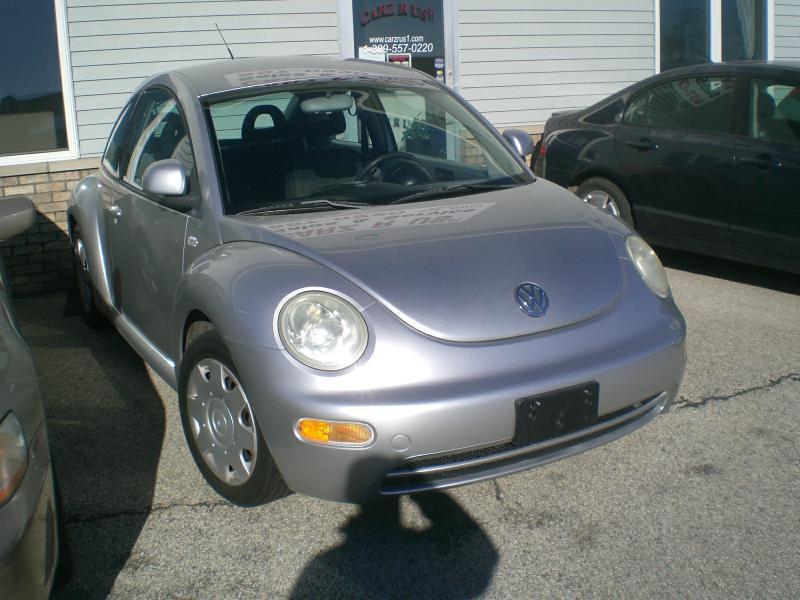 2000 Volkswagen New Beetle GL 2dr Hatchback - Heyworth IL