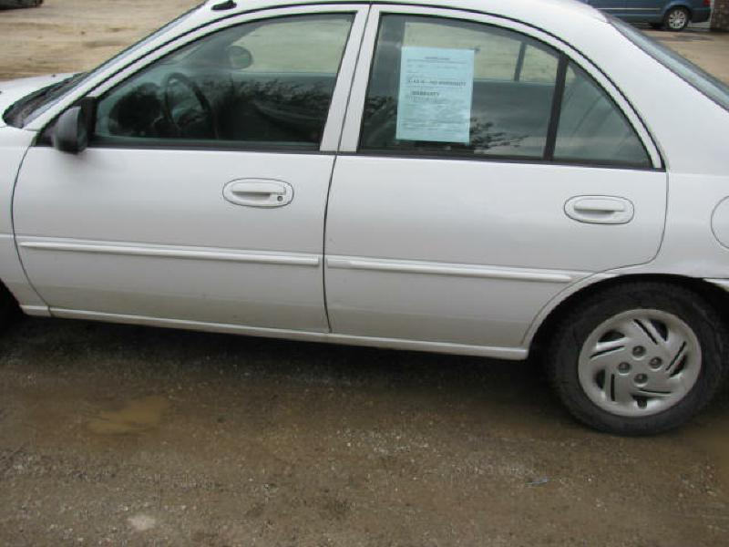 2001 Ford Escort 4dr Sedan - Armington IL