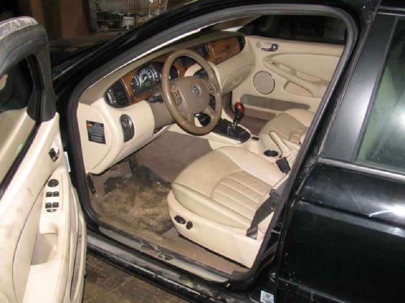 2004 Jaguar X-Type AWD 2.5 4dr Sedan - Armington IL