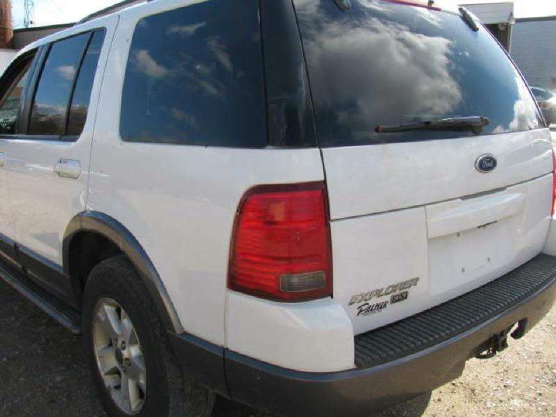 2003 Ford Explorer 4dr XLT 4WD SUV - Armington IL