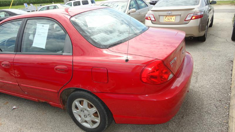 2002 Kia Spectra 4dr Sedan - Heyworth IL