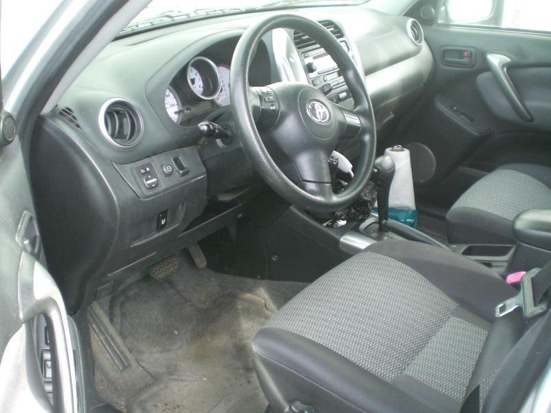 2004 Toyota RAV4 AWD 4dr SUV - Heyworth IL