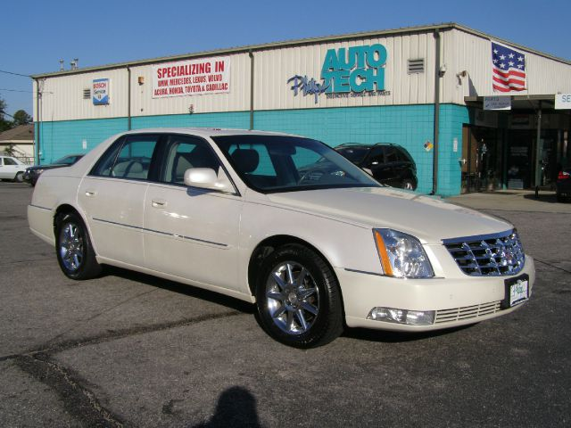 Used 2010 cadillac dts for sale for Grabb motors shelbyville il