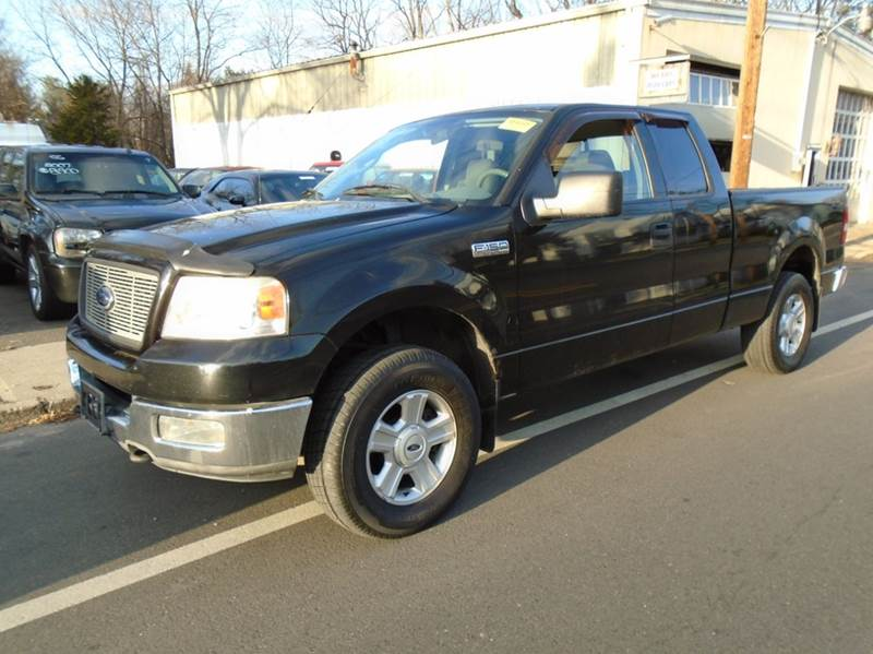 2004 Ford F 150 4dr Supercab Xlt 4wd Styleside 5 5 Ft Sb
