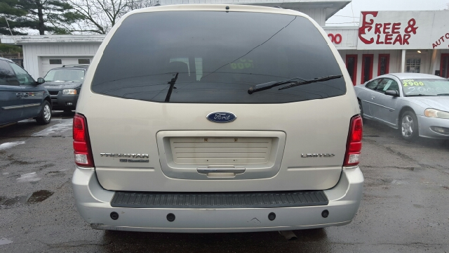 2006 Ford Freestar Limited 4dr Mini Van In Lansing MI