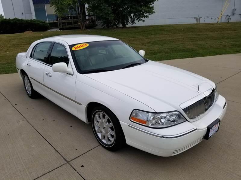 2009 Lincoln Town Car Signature Limited 4dr Sedan   Lexington KY