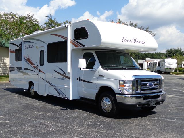 2012 Thor Industries Four Winds Majestic 28A