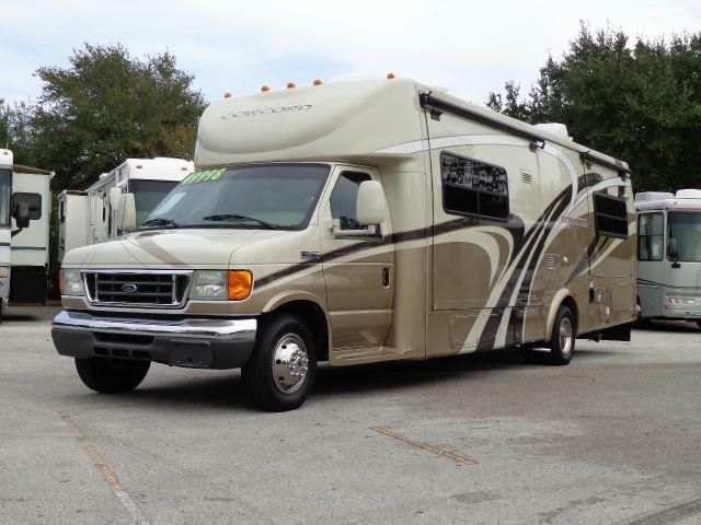2007 Coachmen Concord 300TS