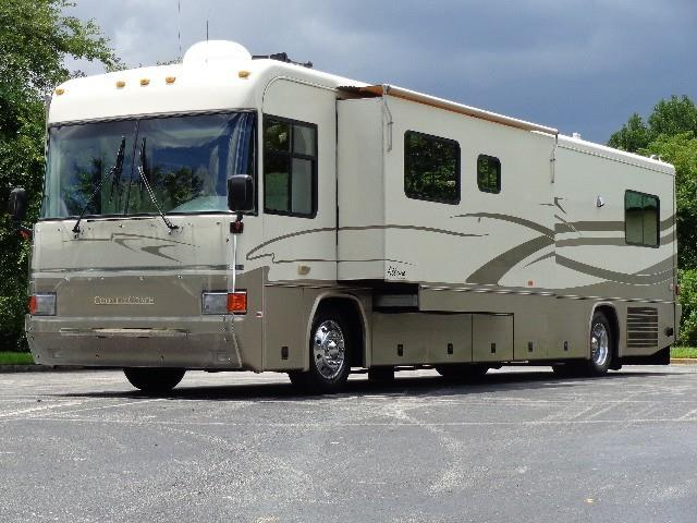 2000 Country Coach Allure M-330HP 40 SLD