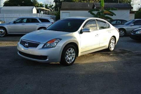 2009 Nissan Altima for sale in Miramar, FL