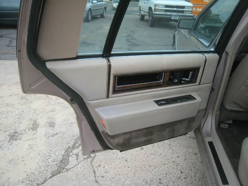 1992 Cadillac DeVille 4dr Sedan - Shakopee MN