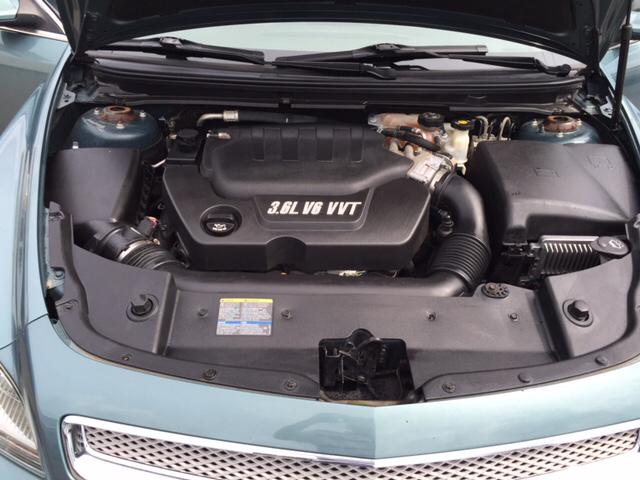 2009 Chevrolet Malibu LTZ 4dr Sedan w/HFV6 Engine Package - Columbus OH