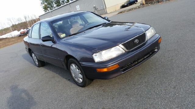 1997 toyota avalon xl 4dr sedan in danville nh flying wheels. Black Bedroom Furniture Sets. Home Design Ideas