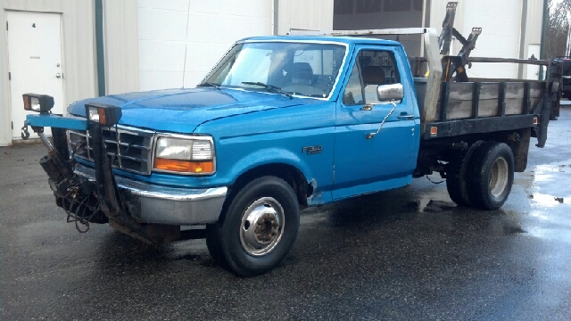 1997 ford f 350 xl reg cab 2wd for sale in hampstead amesbury boston flying wheels. Black Bedroom Furniture Sets. Home Design Ideas