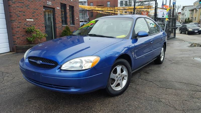 2003 ford taurus ses deluxe 4dr sedan in dorchester ma Adams street motors