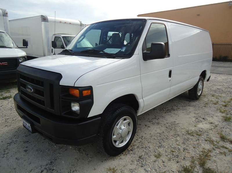 2014 ford e 150 econoline super duty cargo van in hialeah fl miami truck center. Black Bedroom Furniture Sets. Home Design Ideas