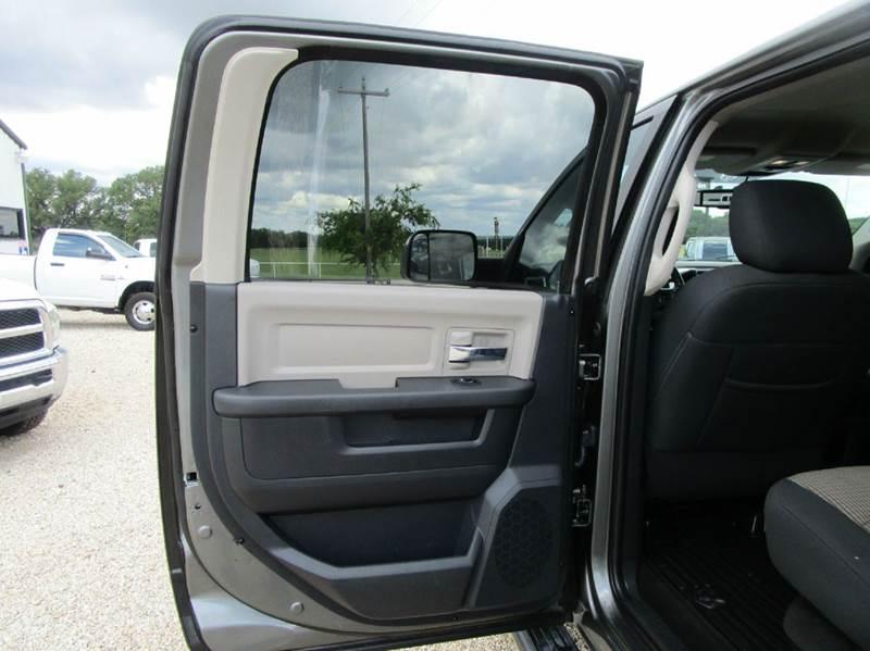 2012 RAM Ram Pickup 3500 Outdoorsman 4x4 4dr Crew Cab 8 ft. LB Pickup - Valley Mills TX