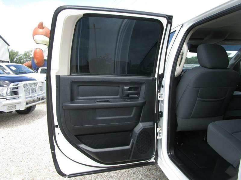 2013 RAM Ram Pickup 3500 4x4 Tradesman 4dr Crew Cab 8 ft. LB Pickup - Valley Mills TX