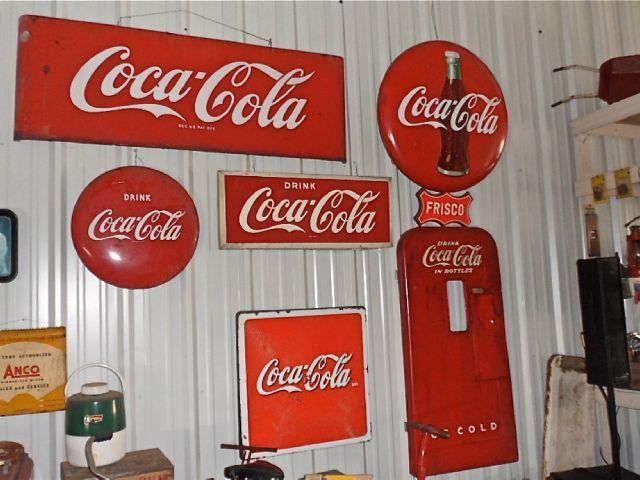 2013 Classic and Collectable Coca Cola Memorabilia  - Fenton MO