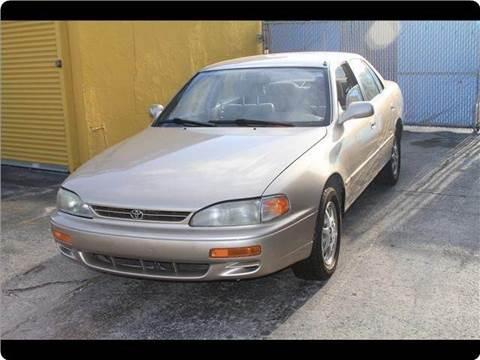 1996 Toyota Camry for sale in Davie, FL