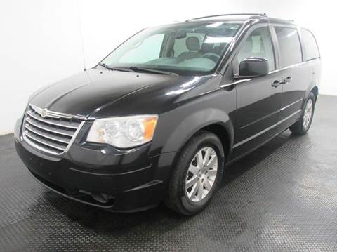 2008 Chrysler Town and Country for sale in Fairfield, OH