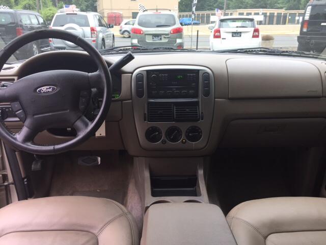 2004 Ford Explorer XLT 4dr SUV - Collingswood NJ