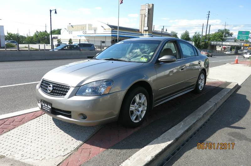 2005 Nissan Altima 2.5 S 4dr Sedan - Collingswood NJ