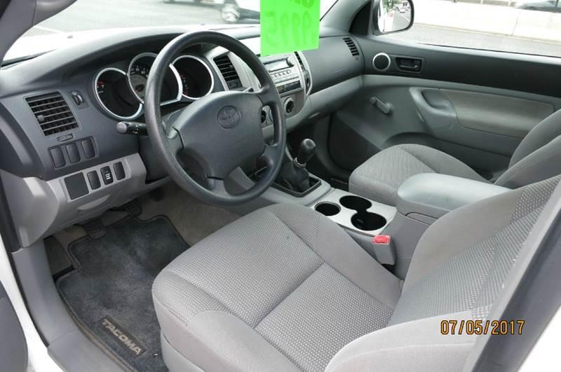 2005 Toyota Tacoma Base 2dr Standard Cab 4WD SB - Collingswood NJ