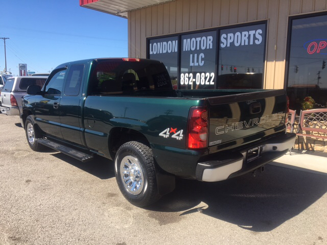 2005 Chevrolet Silverado 1500 4dr Extended Cab 4WD SB - London KY