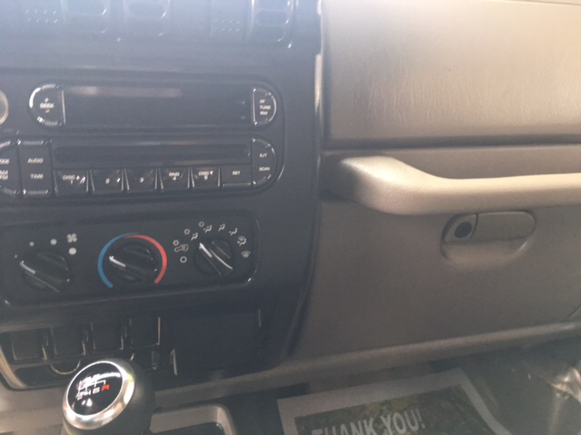 2006 Jeep Wrangler SE 2dr SUV 4WD - London KY