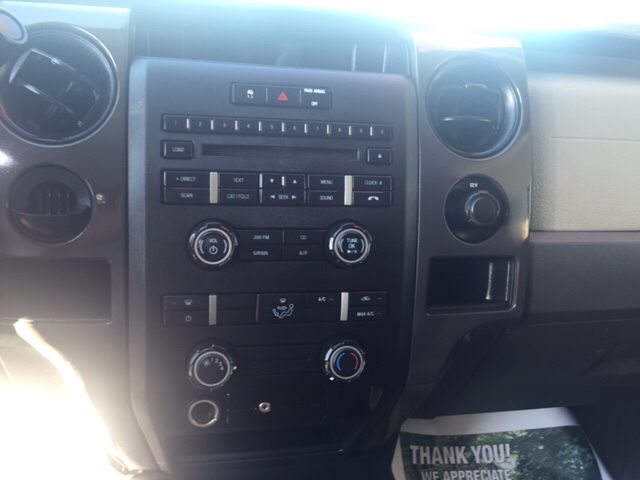 2010 Ford F-150 XL 4x2 2dr Regular Cab Styleside 8 ft. LB - London KY