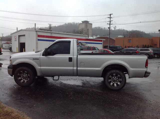 2006 ford f 250 super duty xl 2dr regular cab lb in morehead ky craig 39 s auto sales inc. Black Bedroom Furniture Sets. Home Design Ideas