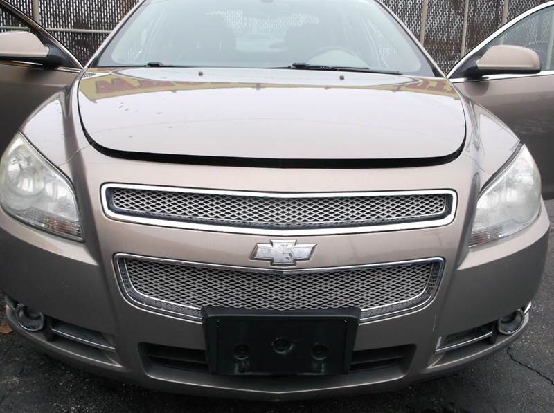 2008 Chevrolet Malibu LTZ 4dr Sedan - Cleveland OH