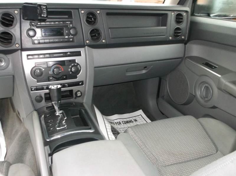 2006 Jeep Commander 4dr SUV 4WD - Cleveland OH