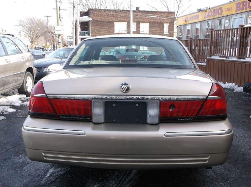 2000 Mercury Grand Marquis GS 4dr Sedan - Cleveland OH