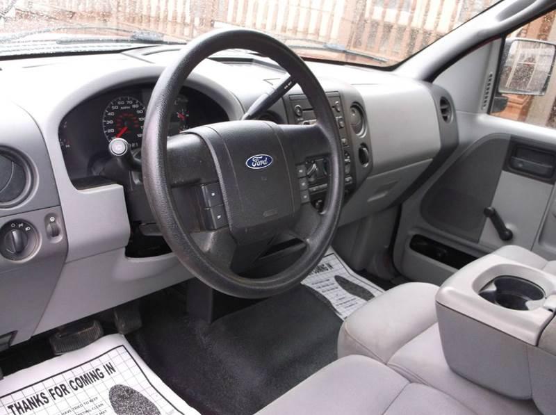 2005 Ford F-150 2dr Regular Cab STX Rwd Styleside 6.5 ft. SB - Cleveland OH