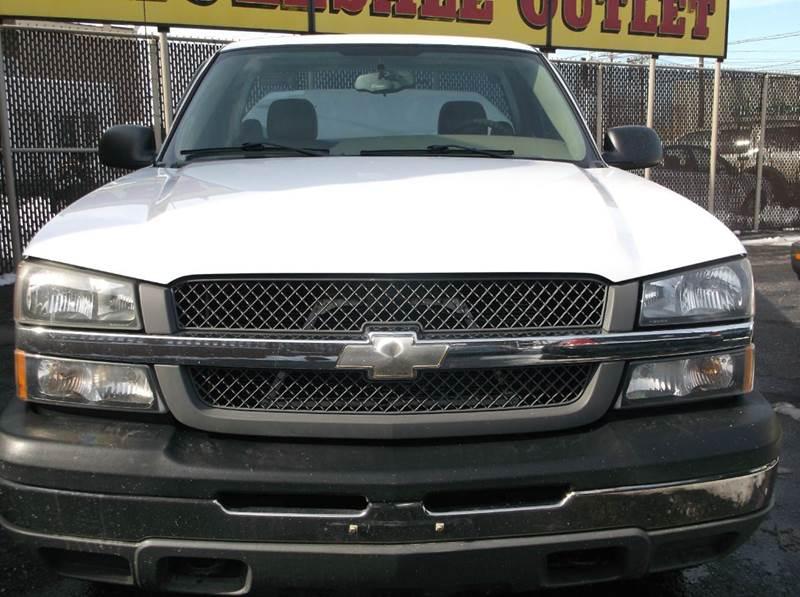 2005 Chevrolet Silverado 1500 2dr Standard Cab Rwd SB - Cleveland OH