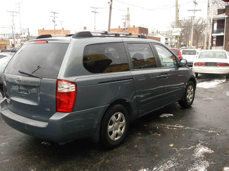 2006 Kia Sedona LX 4dr Mini-Van - Cleveland OH