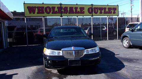 1998 Lincoln Town Car for sale in Cleveland, OH