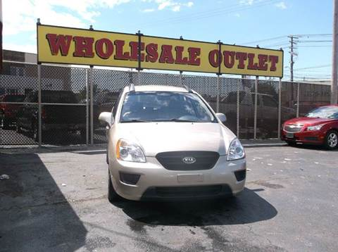 2008 Kia Rondo for sale in Cleveland, OH