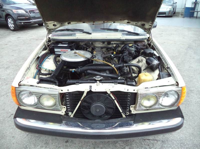 Mercedes c windshield wiper fuse free engine